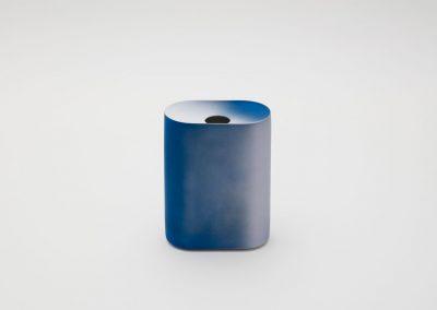2016/ Kueng Caputo, Vase M, Blue